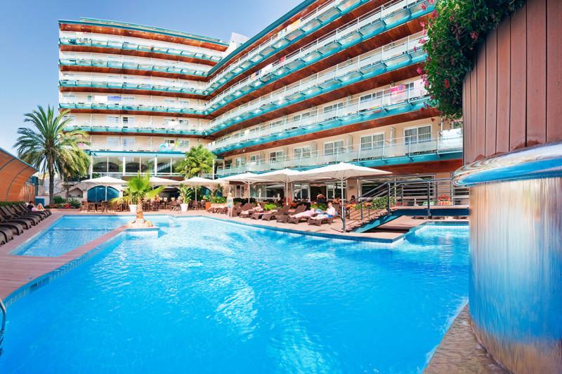 hotel-kaktus-playa-calella-poolanlage